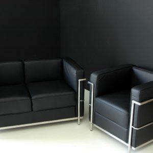 poltrona-e-divano-le-corbusier nero